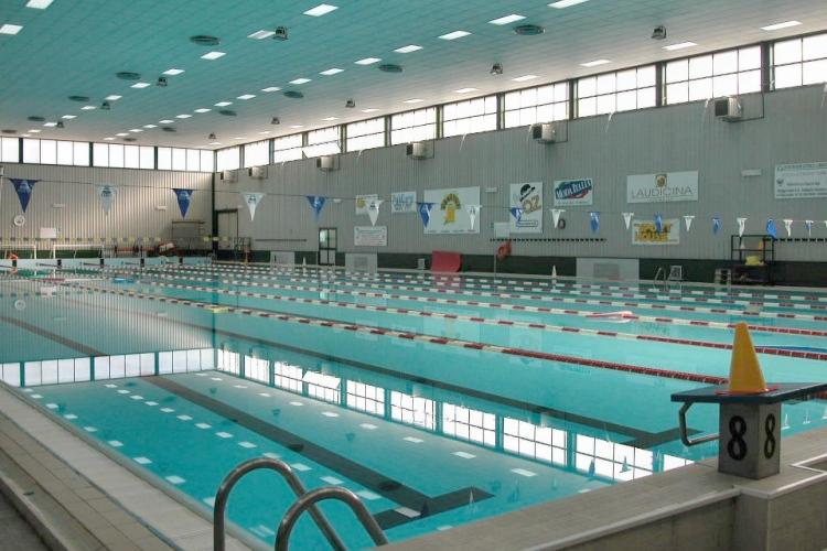 Torna operativa la piscina comunale trapani oggi - Piscina chiusa sclafani ...