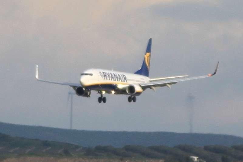 Ryanair ci ripensa, rinviato il ritorno al bagaglio a mano unico