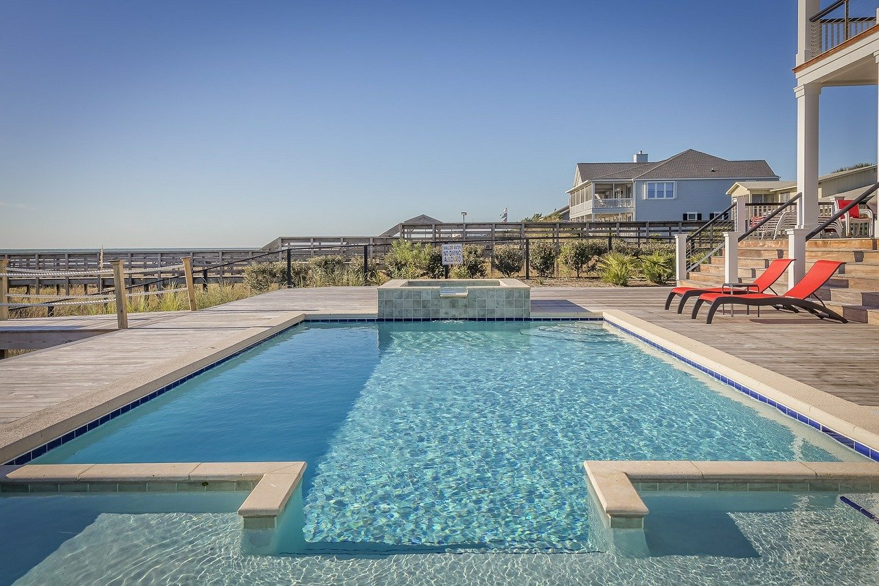 Quanto Costa Piscina Interrata curiosità : quanto costa realizzare una piscina privata